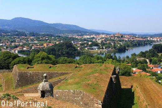 ポルトガルガイド本・レトロな旅時間ポルトガルへの著者のブログ