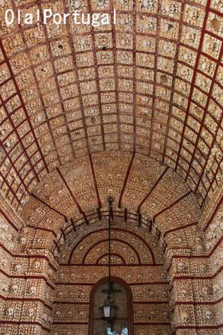 ポルトガル旅行記:ファーロ・カルモ教会の人骨堂
