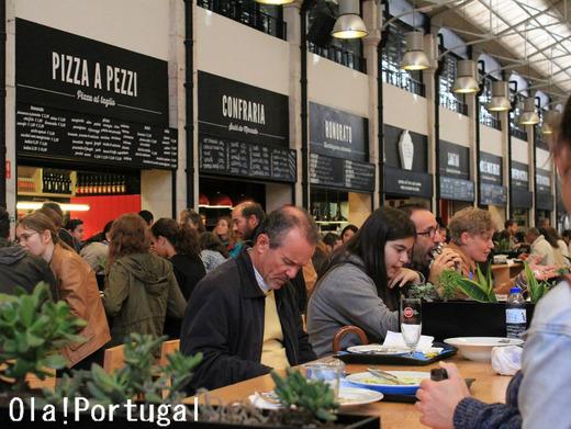 リスボン・リベイラ市場の大人気フードコート
