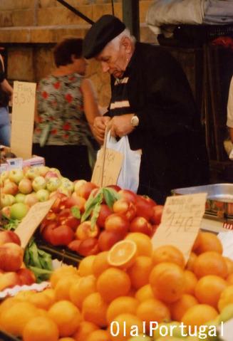 ポルトガルの青果市場 Mercado