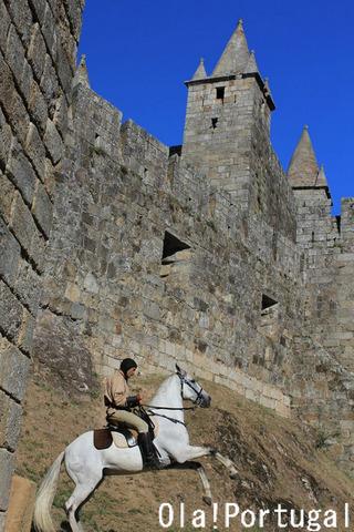 ポルトガルの中世祭り:サンタ マリア ダ フェイラ