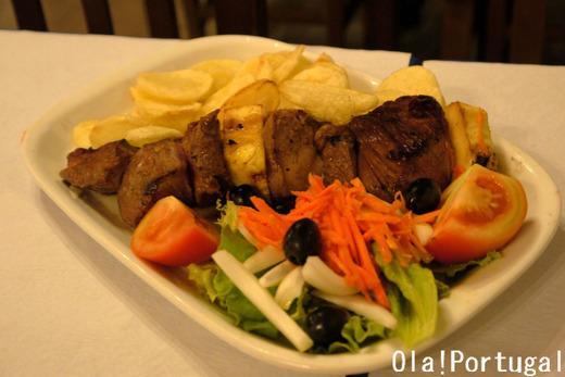 ポルトガル料理:Espetada a Madeirense