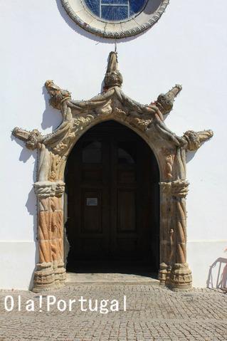 マヌエル様式の門:モンシケのマトリス教会