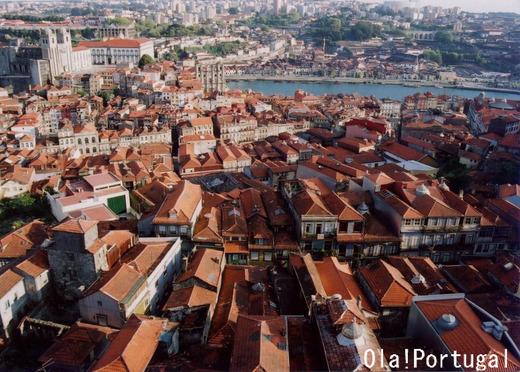 ポルトガルの世界遺産:ポルト歴史地区(クレリゴスの塔より)
