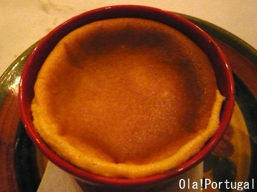 ポルトガルのデザート:パォン・デ・ロー(半熟カステラ)