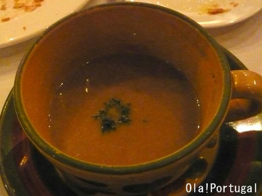ポルトガル料理:栗のクリームスープ