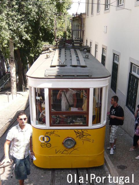 リスボン・ケーブルカー・グロリア線