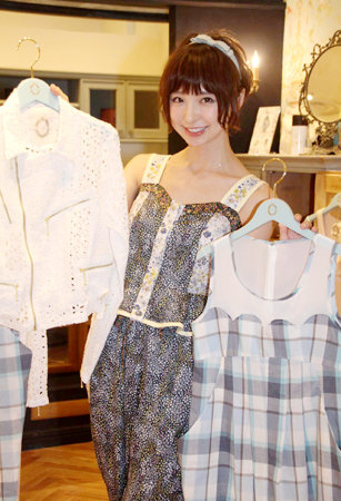 http://livedoor.blogimg.jp/omaeranews-idol/imgs/0/9/09bd3e71.jpg