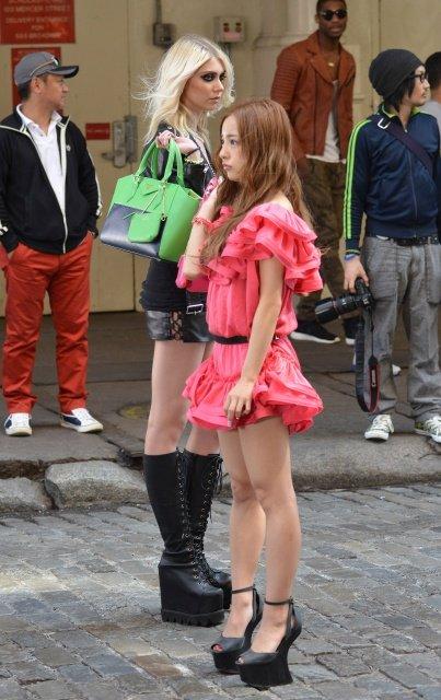 http://livedoor.blogimg.jp/omaeranews-idol/imgs/2/f/2fec5039.jpg