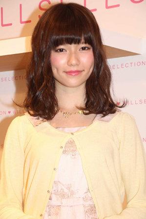 https://livedoor.blogimg.jp/omaeranews-idol/imgs/3/0/3038d524.jpg