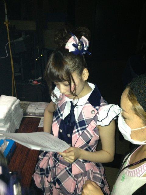 https://livedoor.blogimg.jp/omaeranews-idol/imgs/3/2/329d28c4.jpg