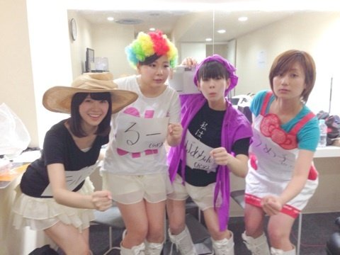 http://livedoor.blogimg.jp/omaeranews-idol/imgs/3/f/3fd0455e.jpg