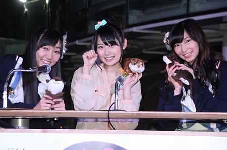 https://livedoor.blogimg.jp/omaeranews-idol/imgs/4/1/4165accb.jpg