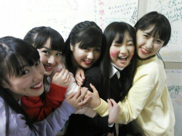 https://livedoor.blogimg.jp/omaeranews-idol/imgs/5/7/579323ee.jpg