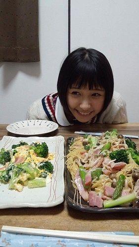 http://livedoor.blogimg.jp/omaeranews-idol/imgs/6/8/68b23f33.jpg