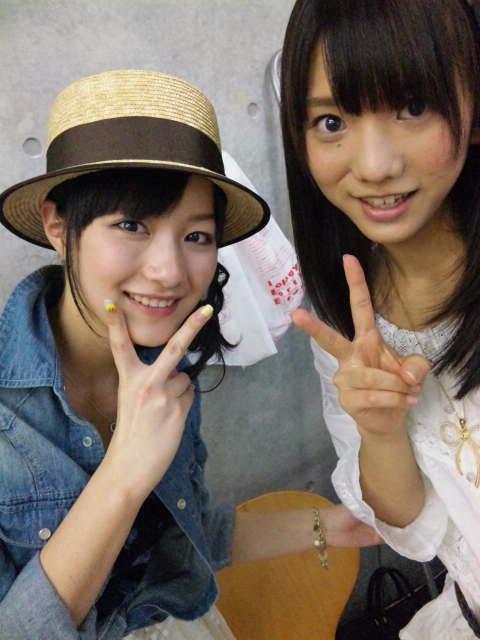 https://livedoor.blogimg.jp/omaeranews-idol/imgs/6/9/690c38be.jpg
