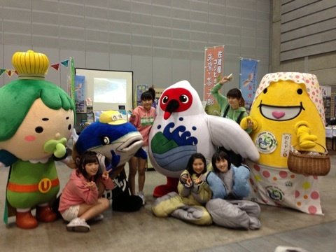 https://livedoor.blogimg.jp/omaeranews-idol/imgs/8/7/87593db0.jpg