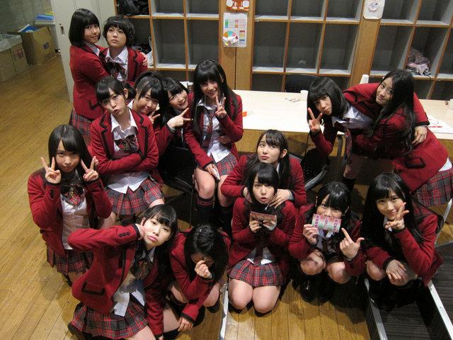https://livedoor.blogimg.jp/omaeranews-idol/imgs/8/a/8ae1441b.jpg