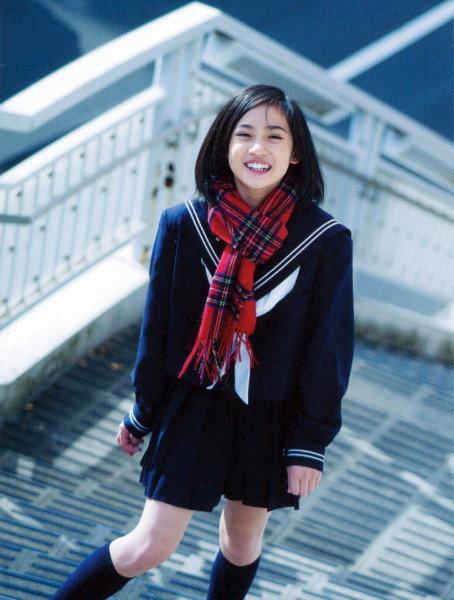 https://livedoor.blogimg.jp/omaeranews-idol/imgs/8/d/8d33cc37.jpg