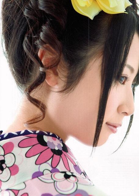 https://livedoor.blogimg.jp/omaeranews-idol/imgs/9/0/90257d56.jpg