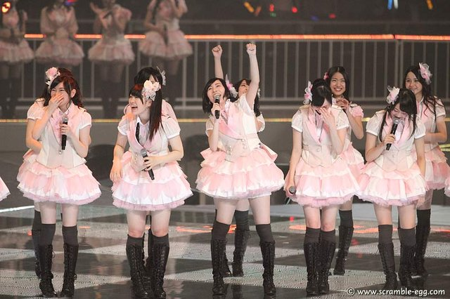 https://livedoor.blogimg.jp/omaeranews-idol/imgs/9/6/964f726a.jpg
