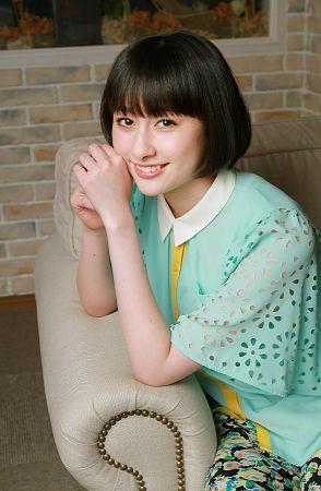 http://livedoor.blogimg.jp/omaeranews-idol/imgs/9/6/968adc49.jpg