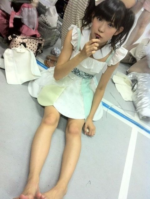 https://livedoor.blogimg.jp/omaeranews-idol/imgs/9/b/9bfab823.jpg