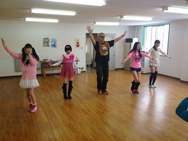 http://livedoor.blogimg.jp/omaeranews-idol/imgs/a/e/aec7f775.jpg
