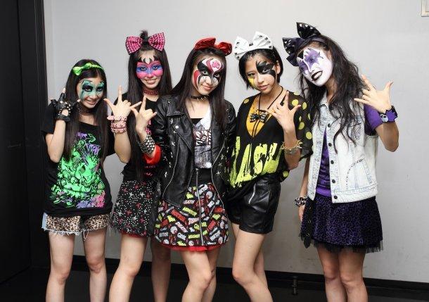http://livedoor.blogimg.jp/omaeranews-idol/imgs/b/4/b4bbbe21.jpg