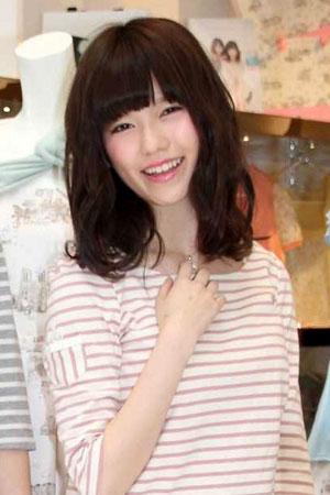 https://livedoor.blogimg.jp/omaeranews-idol/imgs/b/c/bcb1b342.jpg