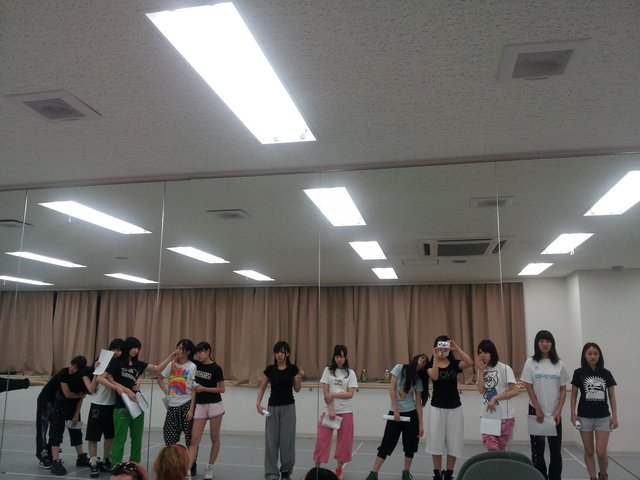 https://livedoor.blogimg.jp/omaeranews-idol/imgs/b/c/bcf4af35.jpg