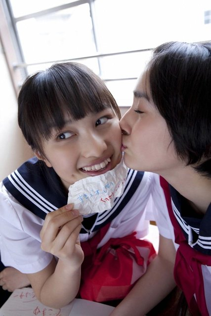 https://livedoor.blogimg.jp/omaeranews-idol/imgs/c/1/c1b48f22.jpg