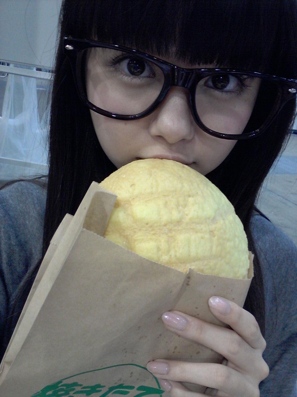 http://livedoor.blogimg.jp/omaeranews-idol/imgs/c/e/ce1c43c2.jpg