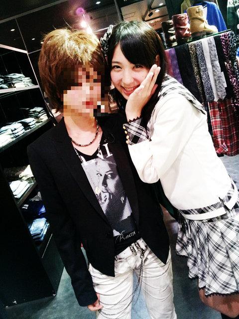 https://livedoor.blogimg.jp/omaeranews-idol/imgs/d/1/d1deb528.jpg