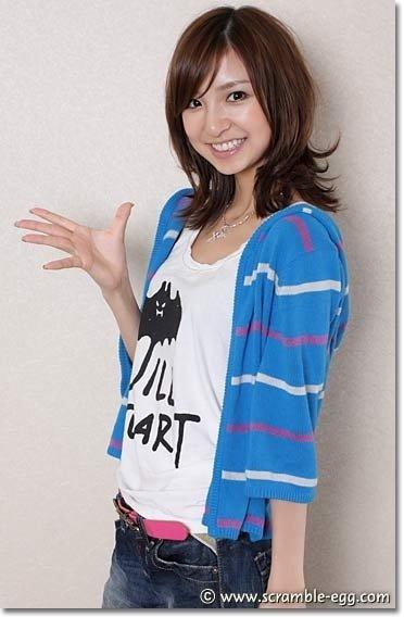 https://livedoor.blogimg.jp/omaeranews-idol/imgs/d/9/d956afa9.jpg