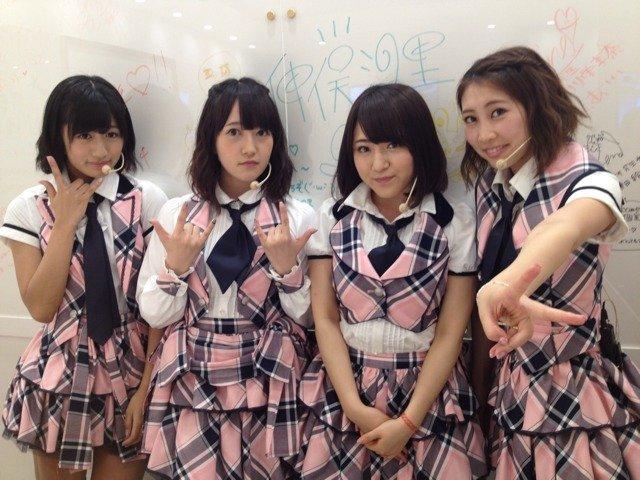 https://livedoor.blogimg.jp/omaeranews-idol/imgs/d/9/d9fdbab4.jpg