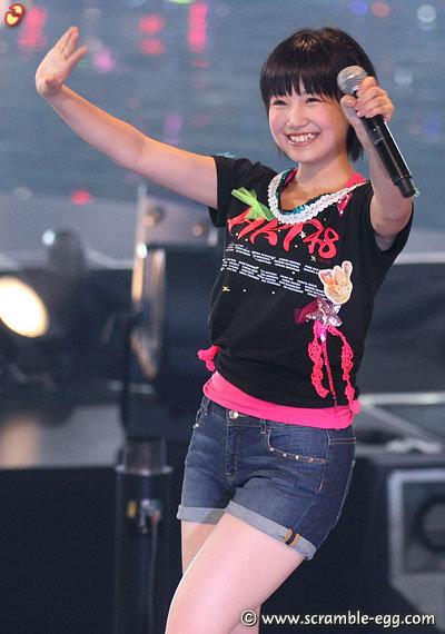 http://livedoor.blogimg.jp/omaeranews-idol/imgs/e/2/e2e4e404.jpg