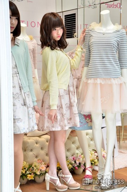 https://livedoor.blogimg.jp/omaeranews-idol/imgs/e/e/eef259a7.jpg