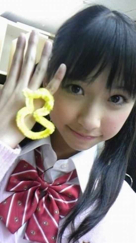 http://livedoor.blogimg.jp/omaeranews-idol/imgs/f/3/f3594d98.jpg