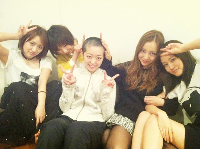 https://livedoor.blogimg.jp/omaeranews-idol/imgs/f/e/feb424b4.jpg