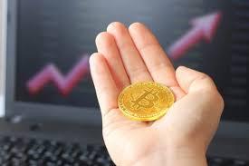 「ビットコインは300万円超え」