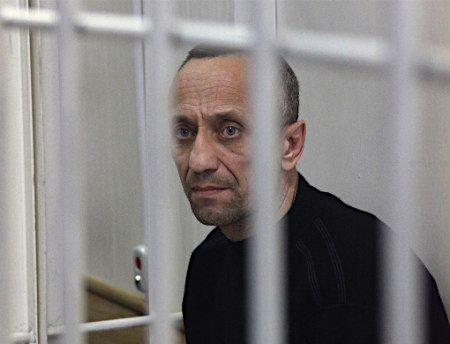 22人を強姦殺人のロシアの警察官