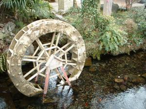 地蔵川の水車