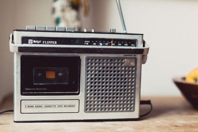 【ラジオ】 AMラジオ、廃止へ!! 総務省が容認、2023年から