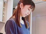 【画像】 小倉優子がキッチンを披露も、まな板が汚すぎて視聴者衝撃ww 「めっちゃ黄ばんでる・・」