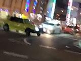 【動画】 天王寺の交差点でタクシーが自転車を殺しにかかる衝撃動画が話題に