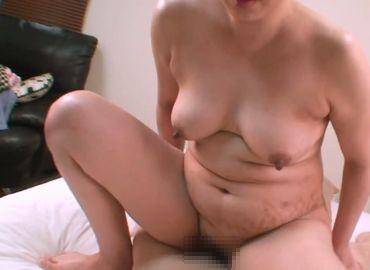 【普通のおばさんの動画】久し振りのセックスで乱れまくる!