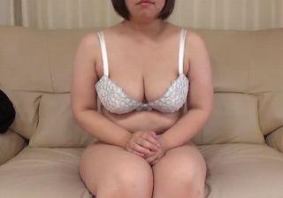 【無修正】30させごろ40しごろの巨乳妻とセックス!
