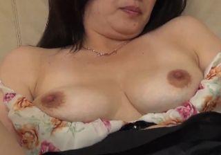 【無修正】中出しされたい巨乳熟女のセックス動画!