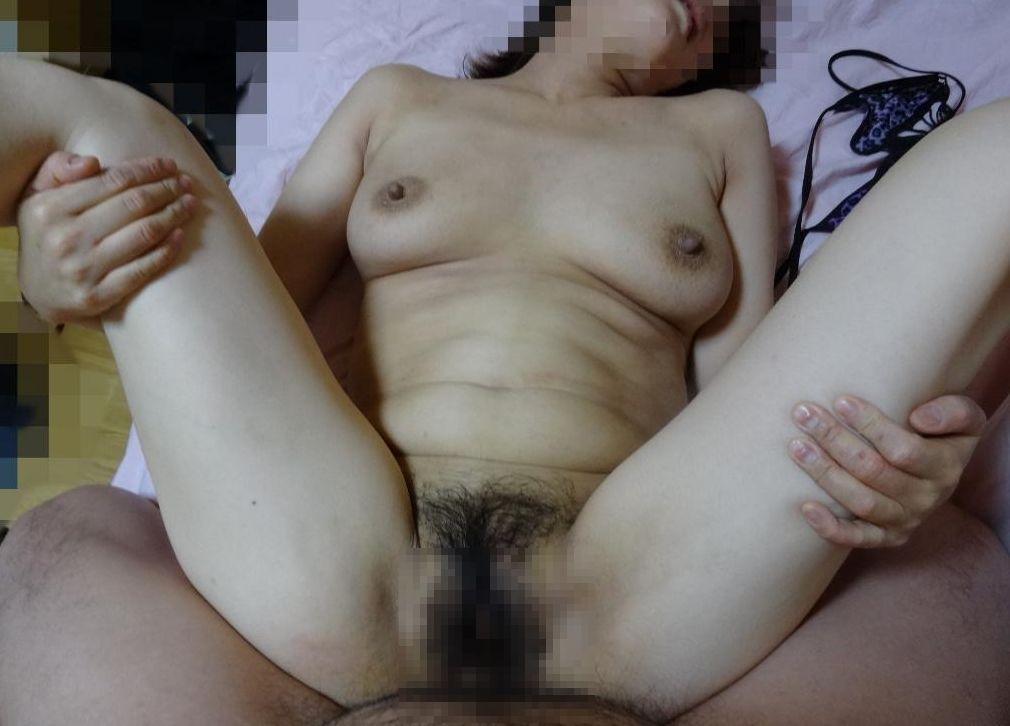 好き者熟年夫婦が撮影したリアルな夜のセックス画像1